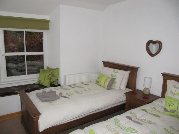 A picture of the twin bedroom